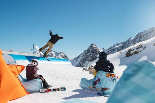 Bild: Stubaier Gletscher