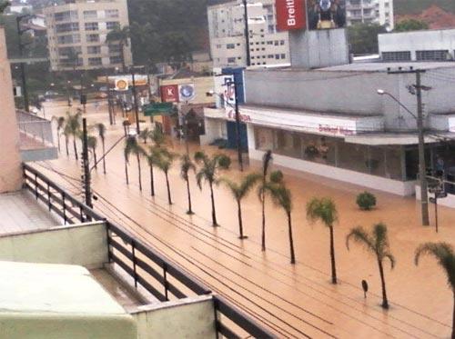 Enchente em Blumenau - Rua Antônio da Veiga