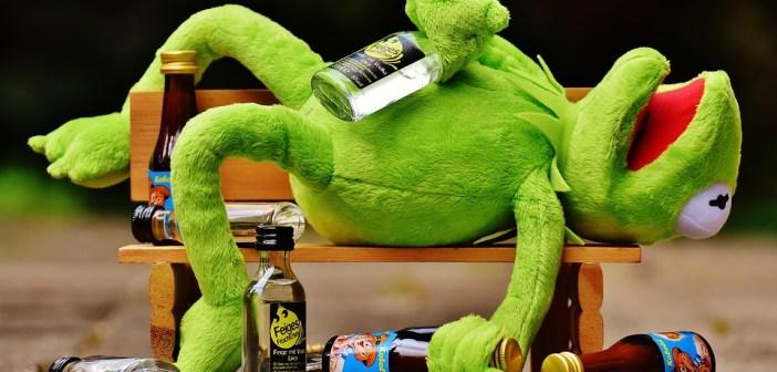 De voordelen van een maand lang geen alcohol drinken? Je valt kilo's af!
