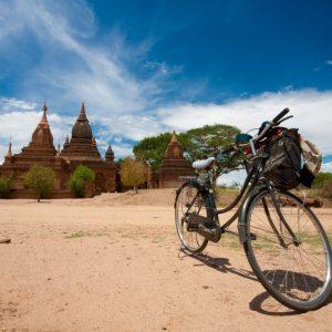 Fietsen in Bagan