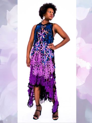 Vestido con motivo de flores multicolor, tejido con hilo de lino y viscose