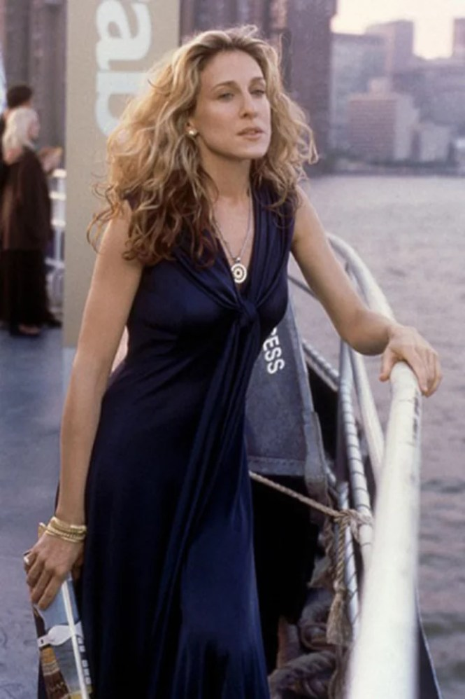 best carrie bradshaw looks according to alley girl 12