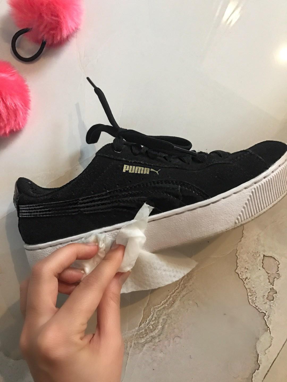 diy-pom-pom-sneakers-8