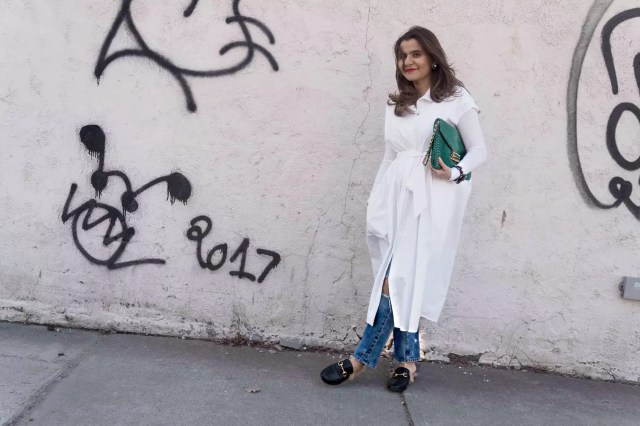 oversized-dress-shirt-gucci-loafers-oversized-clutch-alley-girl-4