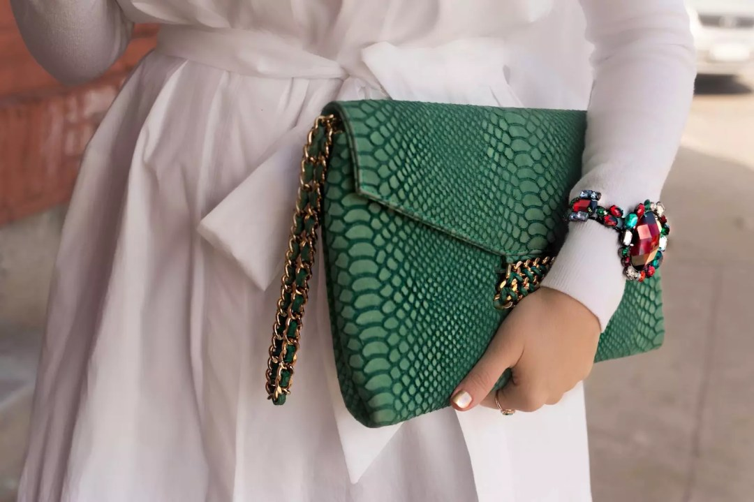 personal style green clucth