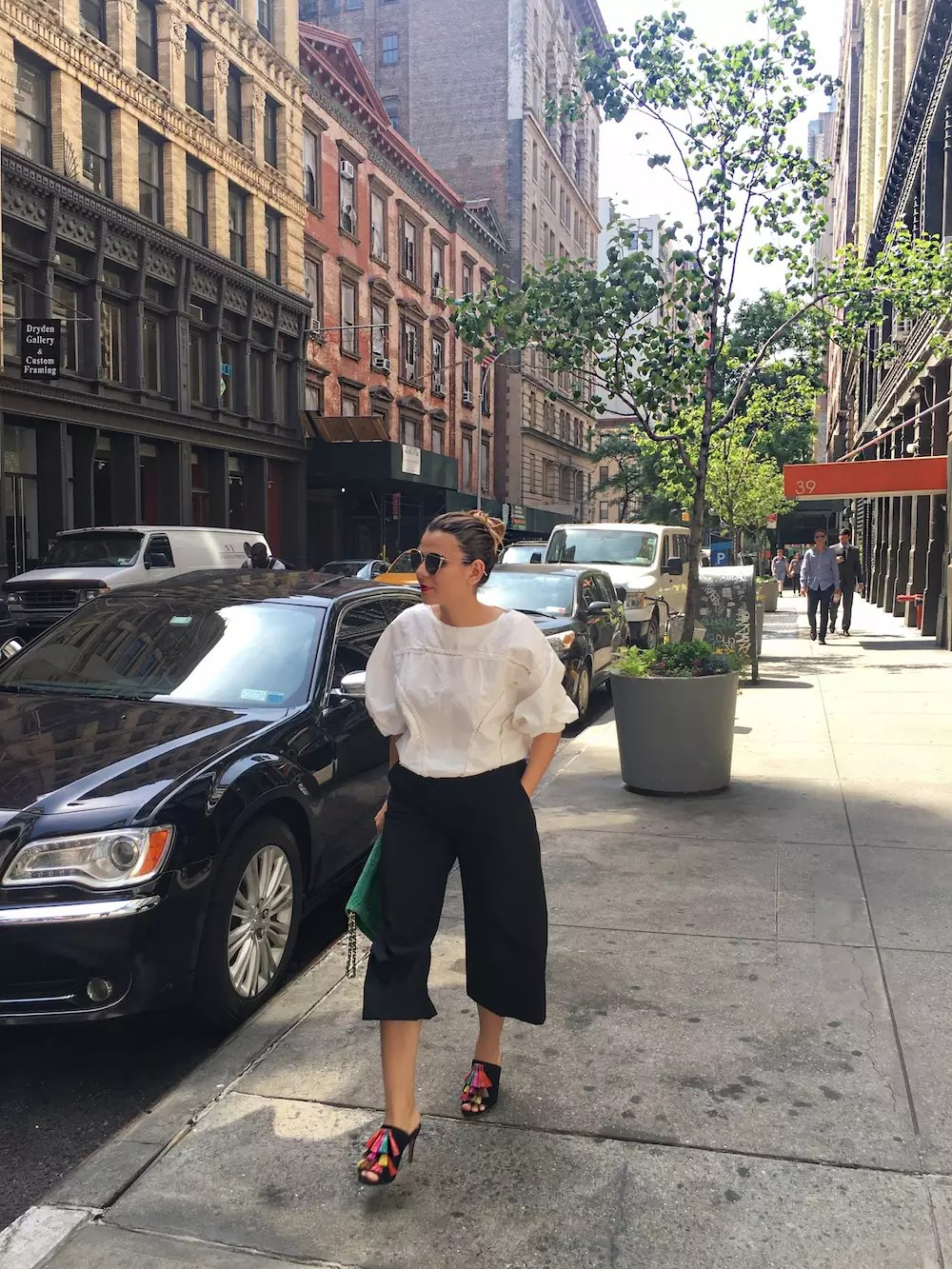 spring-culottes-style-with-fringe-sandals-alley-girl-new-york-blogger-5
