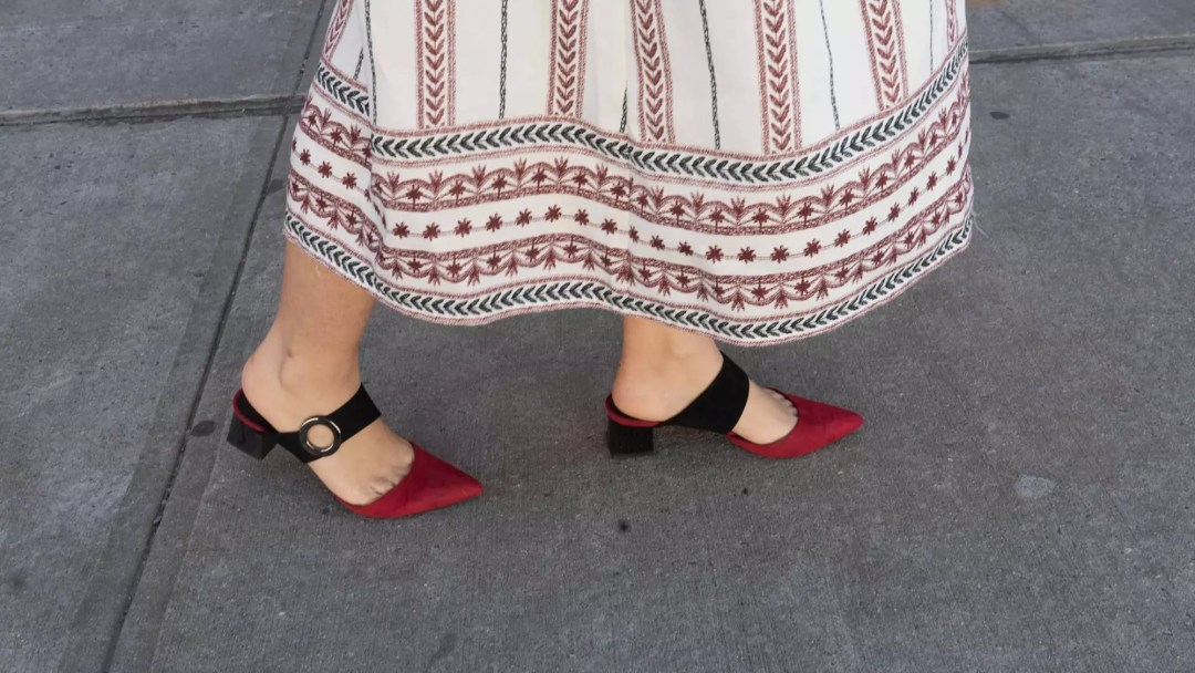 mango-shoes-red-black-shoes-flat-heel-shoes-alley-girl-new-york-fashion-blogger