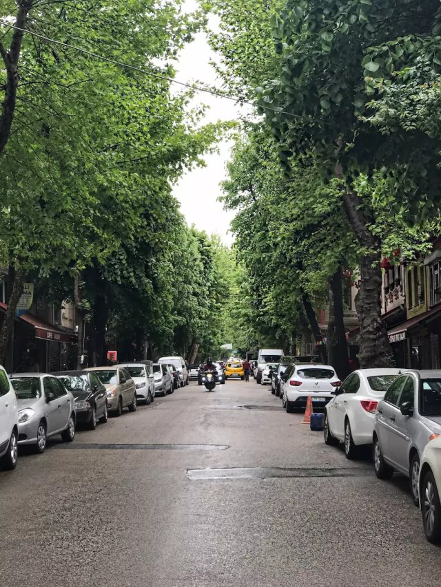 tourist-guide-for-istanbul-5-hidden-places-in-istanbul-aley-girl-travel-fashion-technology-blog-kuzguncuk