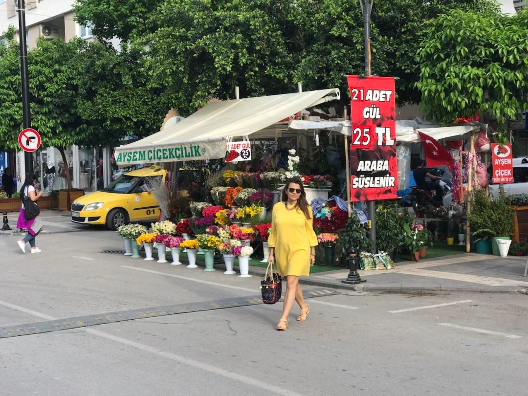 yellow-dress-with-bell-sleeves-alley-girl-betul-yildiz