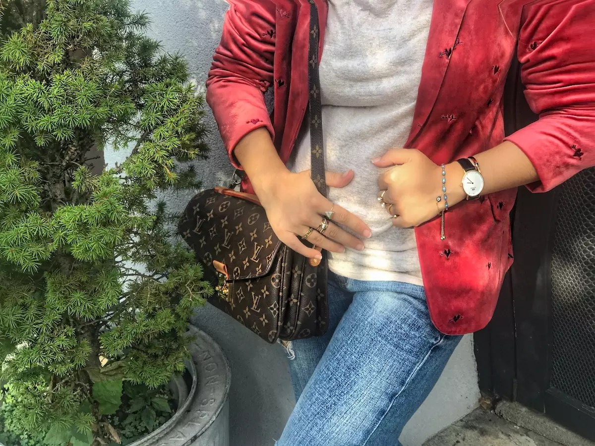 How to Wear a Pink Velvet Blazer Casually