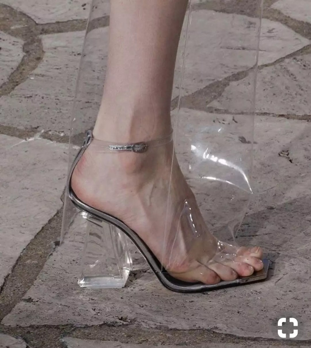 loewe ss16 see though boots alley girl trend review. - Who did Design the Very First Clear Transparent Shoes?