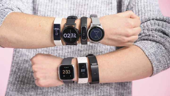 The 5 Best Fitbit For Men in 2021 Reviews   Guide