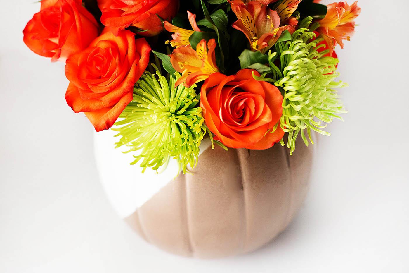 DIY pumpkin vase from a plastic pumpkin