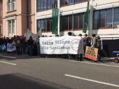 Gegen Ankerzentren und rechte und rassistische Hetze demonstrierten 250 Menschen am 22. September 2018 durch Kempten.