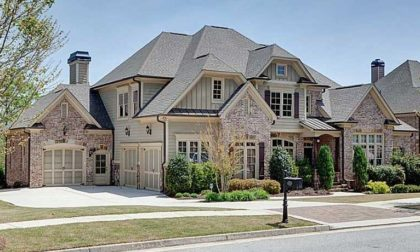 Estate Home In Sterling On The Lake