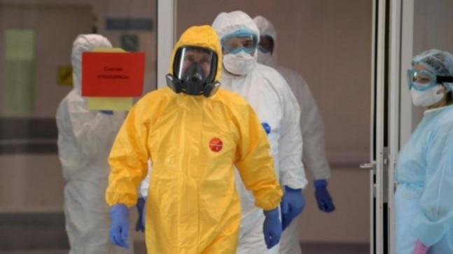 <pre>जापानी पूंजी 100 से अधिक नए कोरोनोवायरस मामलों को देखती है, जो दो महीने में सबसे अधिक होते हैं