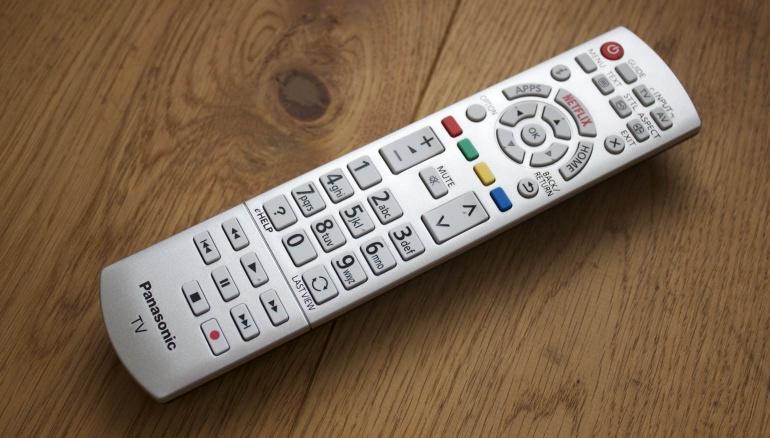 Panasonic-CS630E-review-remote