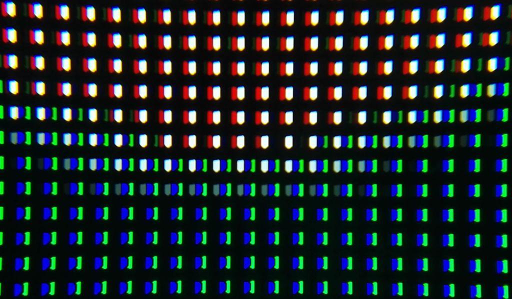 Panasonic-TX-55FZ950-pixels
