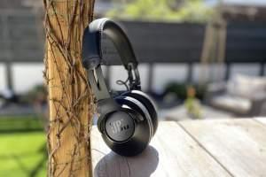 JBL Club One headphones