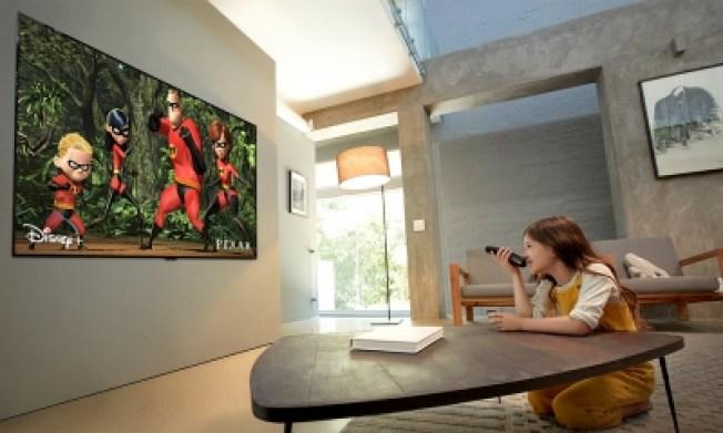 LG OLED65GX lifestyle2
