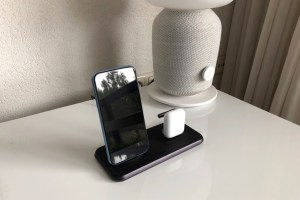 ZENS Stand + Dock Wireless Charger