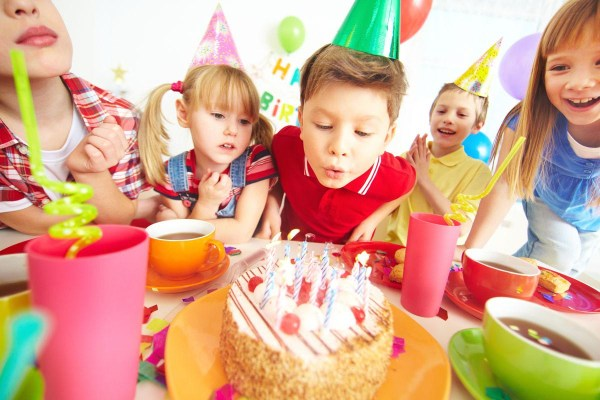 Indoor Party Games for Each Family Member | Home Party Ideas