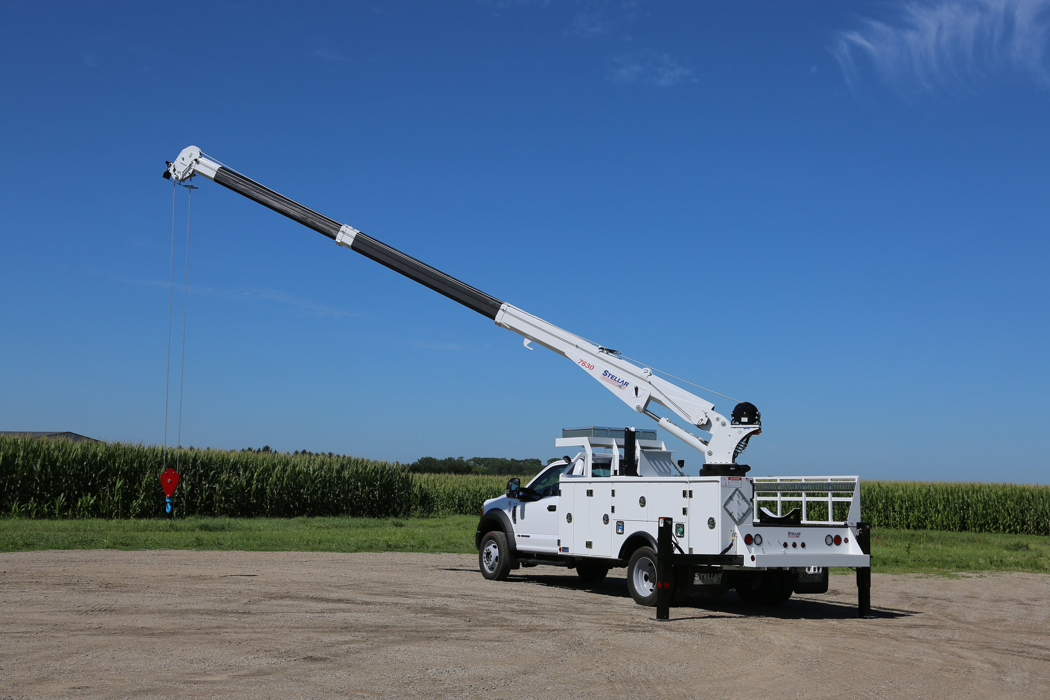 Service truck with Ford chassis and Stellar crane