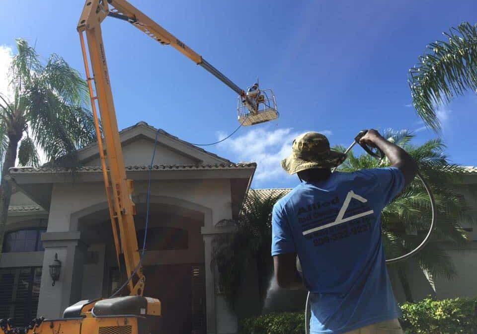 cape coral roof cleaning