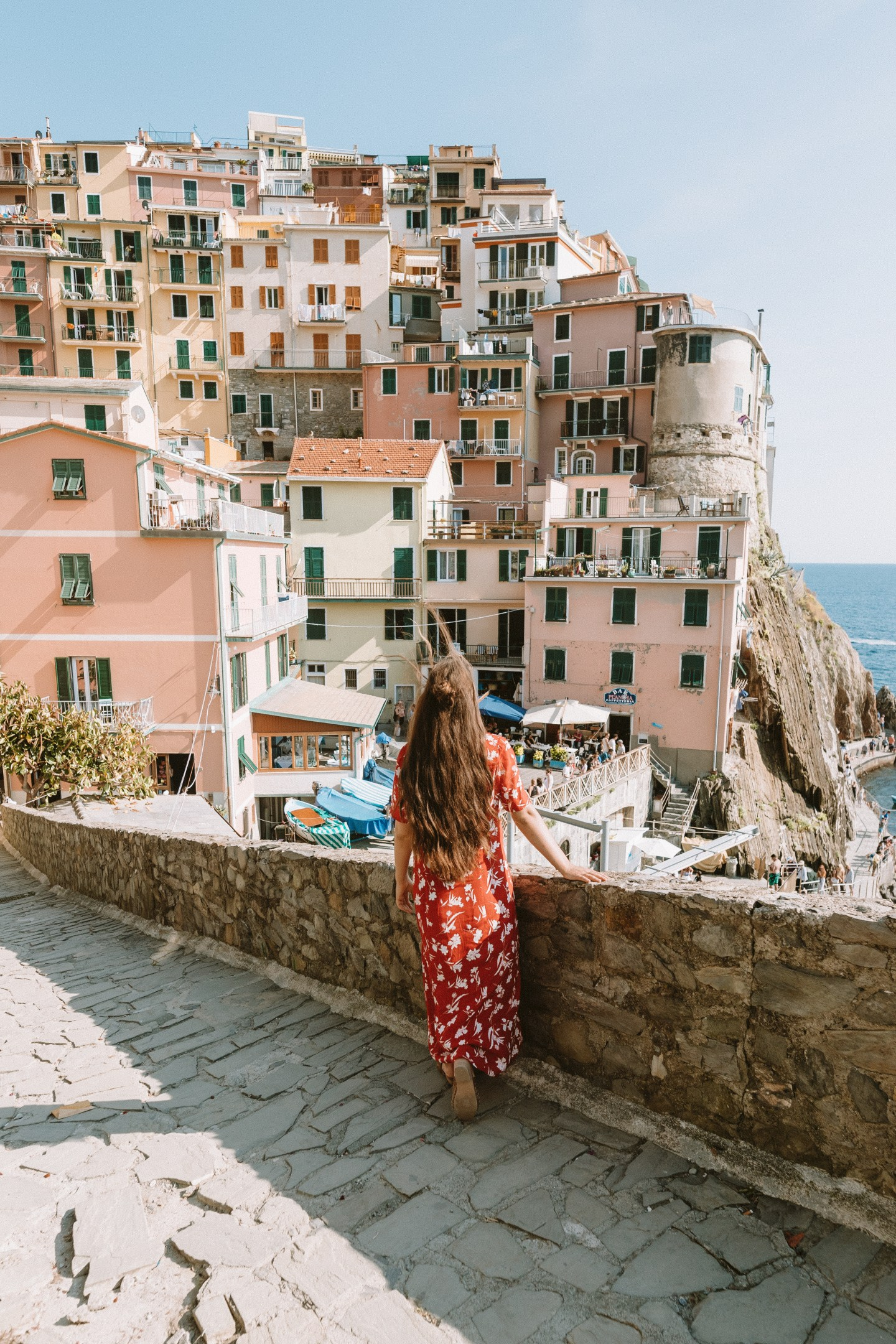 Overlooking the colorful buildings of Manarola