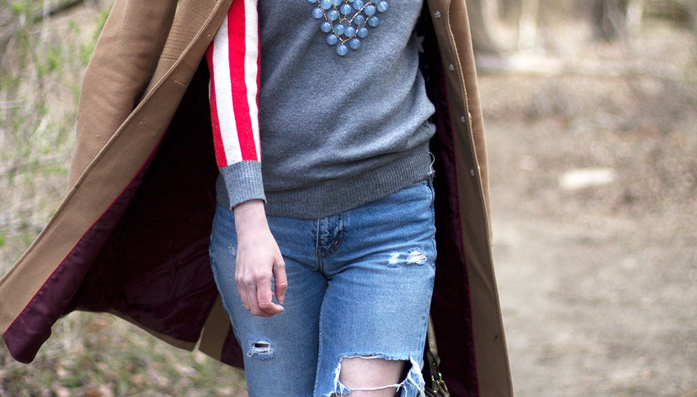 A STARS & STRIPES SWEATER FOR SPRING