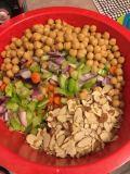 detox-salad-assembled