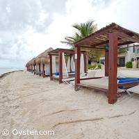 Azul Beach Hotel beach Bali beds