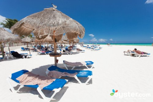 Allegro Playacar beach
