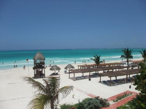 Catalonia Playa Maroma beach