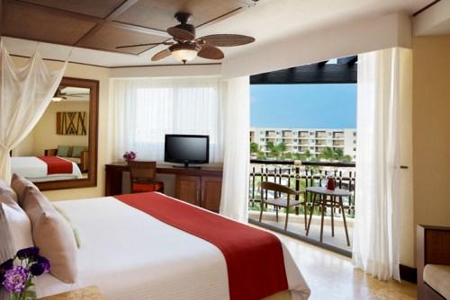 Dreams Riviera Cancun premium deluxe tropical view