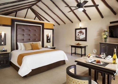 El Dorado Casitas Royale room interior