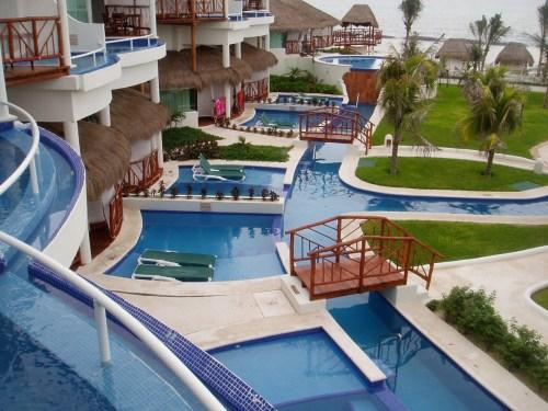 El Dorado Casitas Royale swim-up suites
