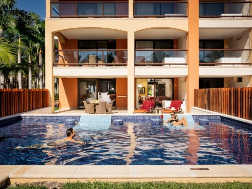 Barcelo Maya Caribe swim-up suite