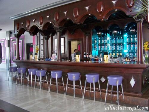 Riu Palace Mexico lobby bar