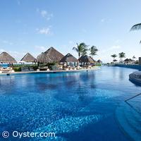 Paradisus Cancun main pool