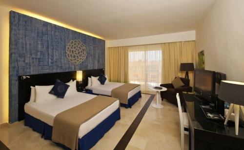 Ocean Maya Royale Maya Deluxe guest room