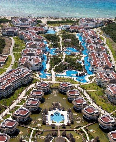aerial view Grand Riviera Princess