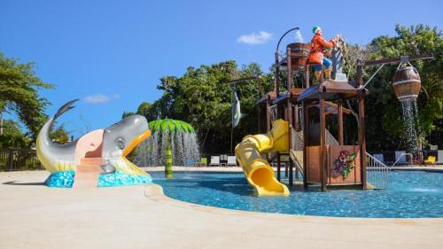 Family Club at Grand Riviera Princess, waterpark