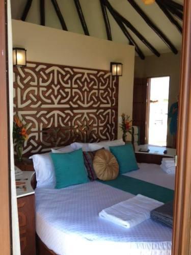 El Dorado Maroma Overwater Palafitos round bed