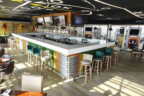 Royalton Riviera Cancun sports bar