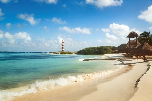 Hyatt Ziva Cancun main beach