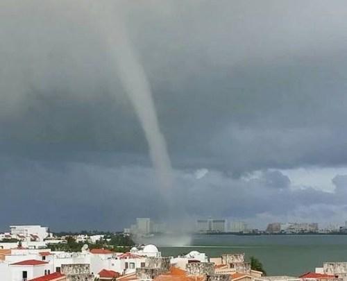 Cancun funnel cloud