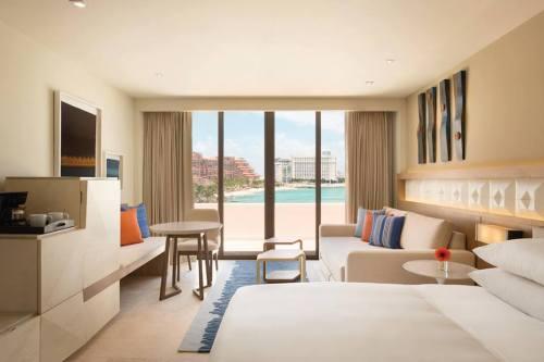 Hyatt Ziva Cancun suite