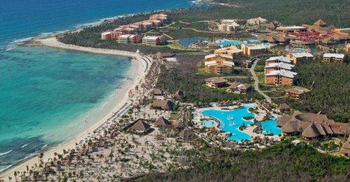 Grand Palladium White Sand aerial view