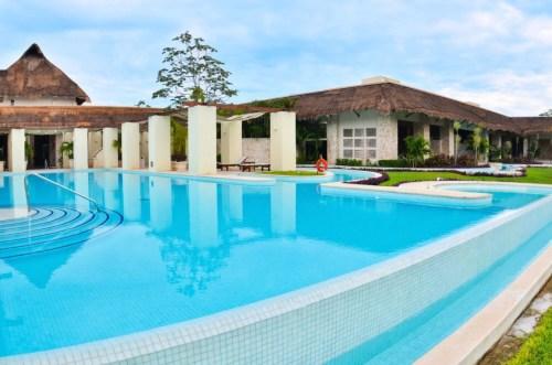 The Royal Suites Yucatan spa pool